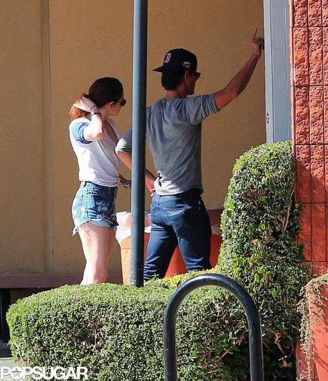 : Kristen Stewart Goes Up to Bat With Taylor Lautner: Kristen Stewart ...