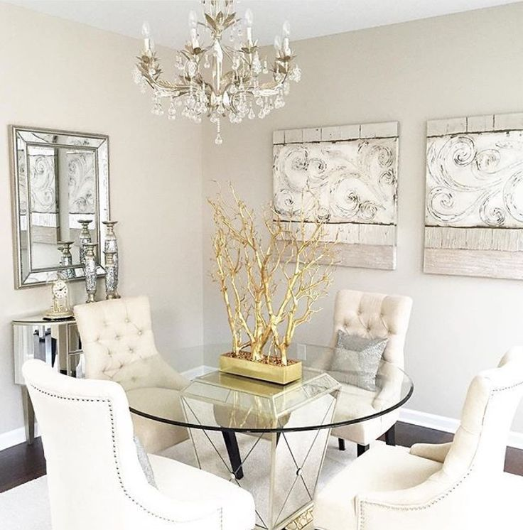 Dinning Room Ideas With Mirror And Clock
