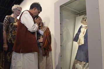 Malala Burst Into Tears Upon Seeing Her Bloodied School Uniform, And Kailash Satyarthi Consoled Her