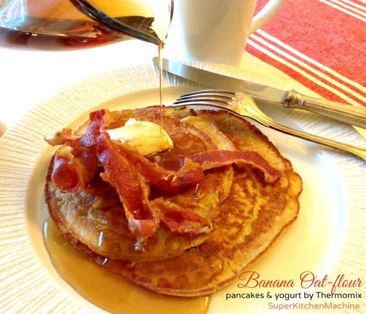 Awesome Thermomix Oat-flour and banana pancakes, served with Thermomix yogurt. No recipe, #freemix