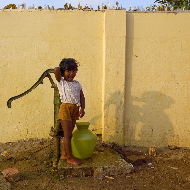 This little one has to carry a 10 litre pot of water back to her house.  More than a billion human beings do not currently have access to drinking water - India