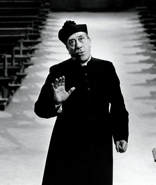 """1952 - Place 8 - Fernandel in """"Le petit monde de Don Camillo"""""""