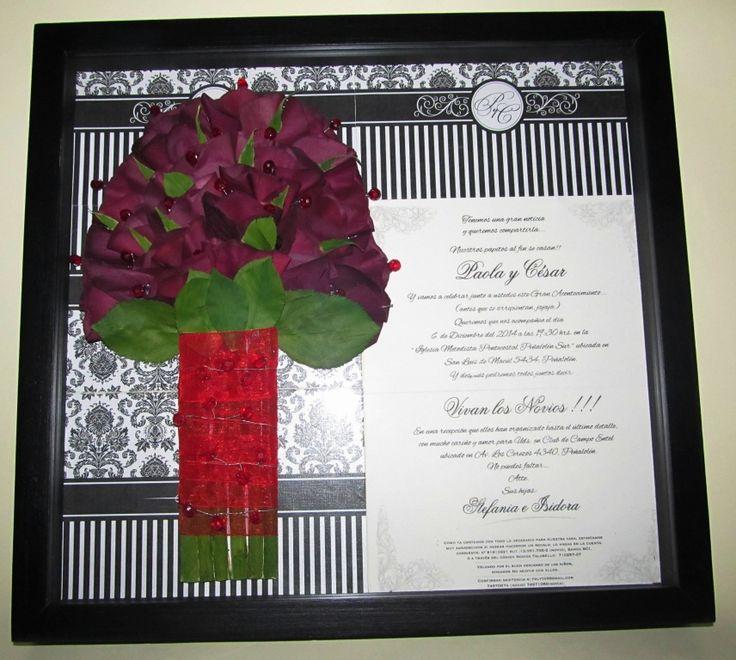 prensado y enmarcado de ramo de novia con las invitación a su matrimonio.
