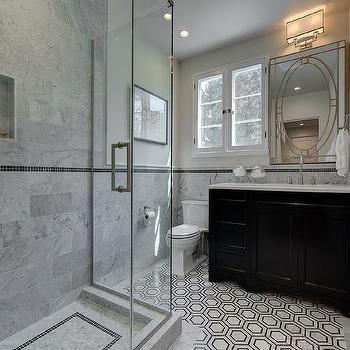 #blackwhiteandsilverbathroomdecor | black marble bathroom