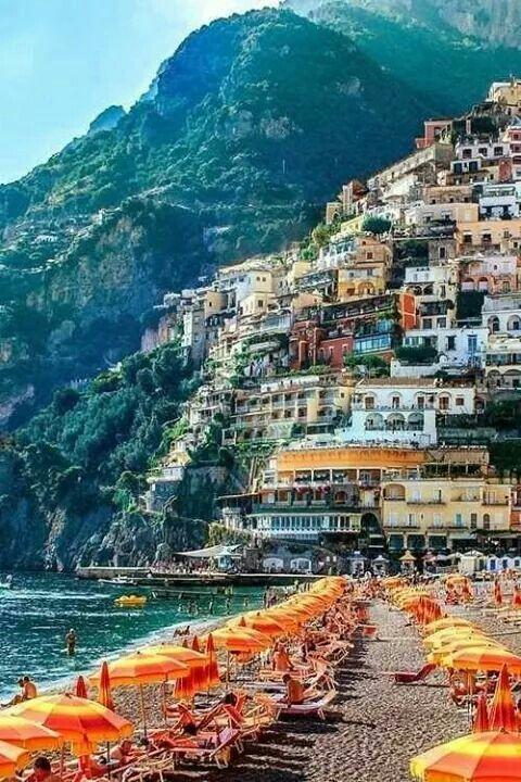 Sersale, Calabria, Italy ~ Foto scattata da mio cugino, mentre noi sulla spiaggia.