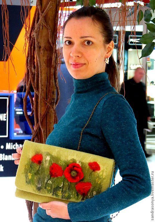 """Купить Валяный клатч """"Маковое поле"""" - валяная сумка, сумка валяная, женская сумка, клатч"""
