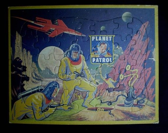 236 best images about retro sci fi on pinterest for Retro outer space