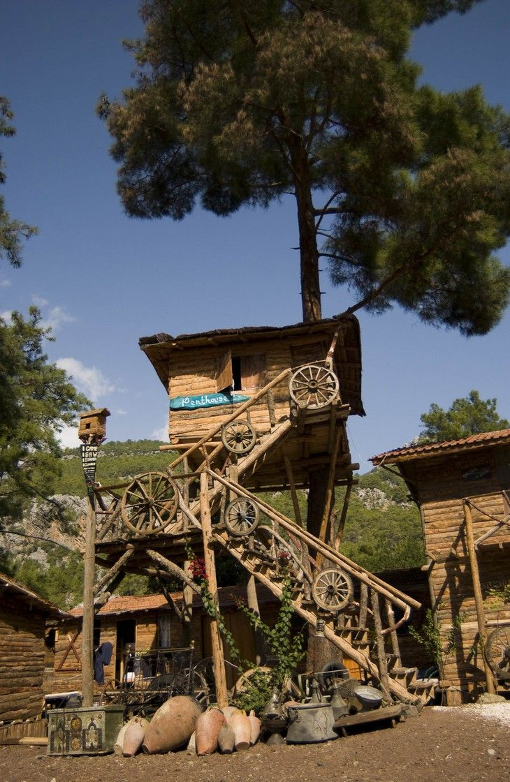 Kadir's Top Tree house - unique hostel in Turkey