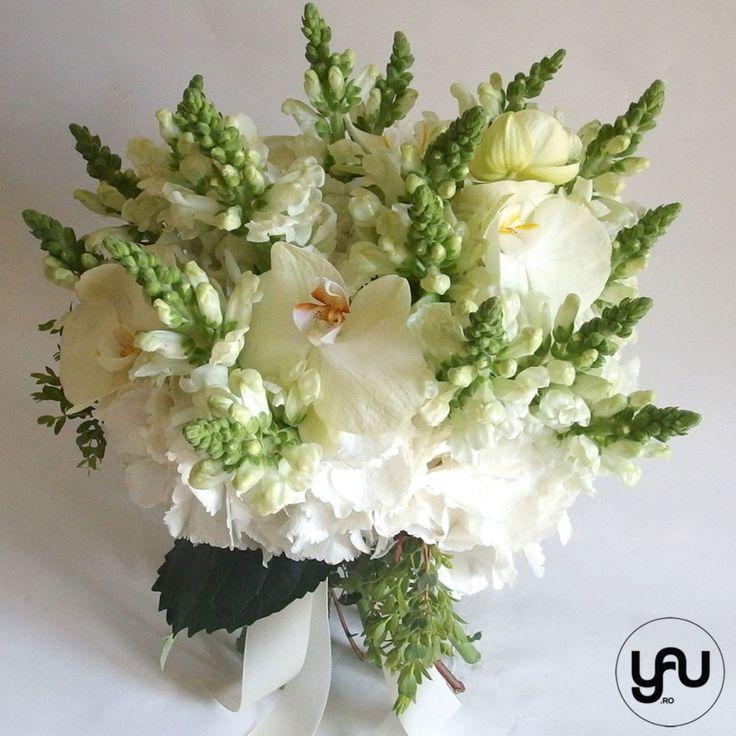 Buchet cu flori albe - hortensie anthirrinium orhidee _ yau concept _ elena toader (2)