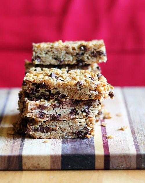 homemade chewy chocolate chip granola bars   thisweekfordinner.com