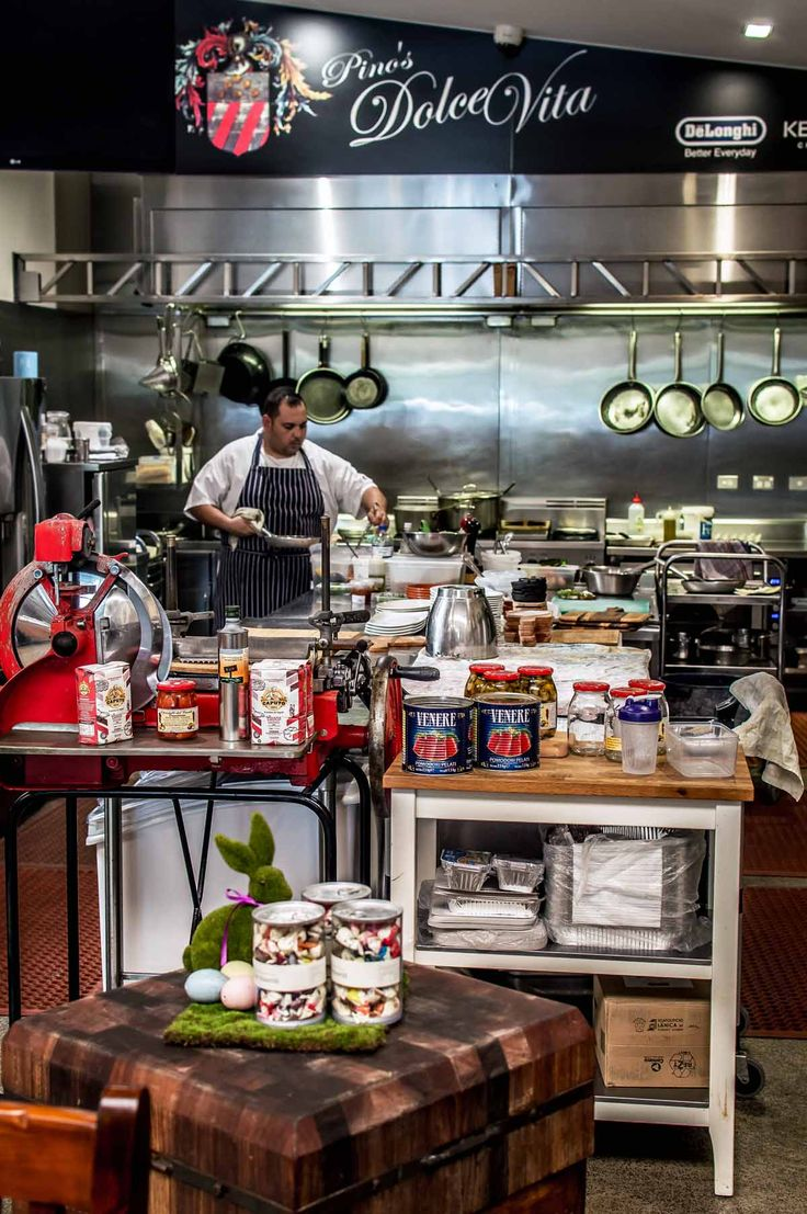 Pinos Dolce Vita Fine Foods, Sydney | heneedsfood.com