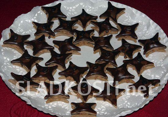 Kávové hvězdy s čokoládovým krémem dia