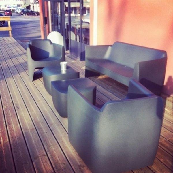 Sofa Qui Est Paul En 2020 Canape Jardin Fauteuil Design Et Qui