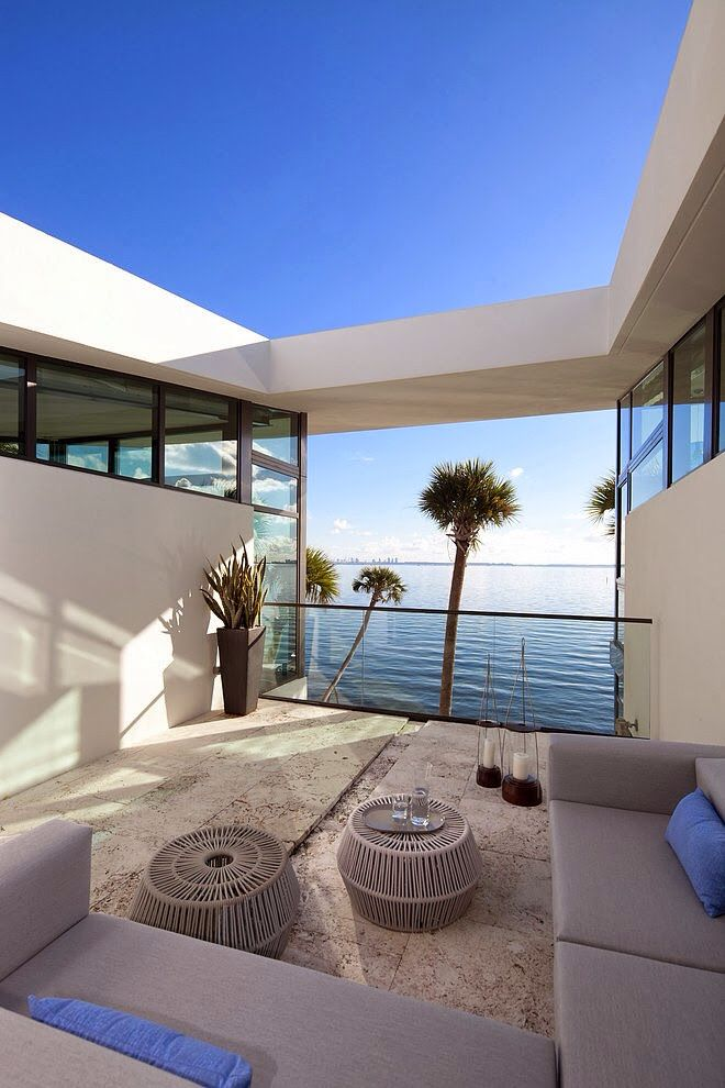 Luxury homes miami beach florida beach homes to chill for Luxury houses florida