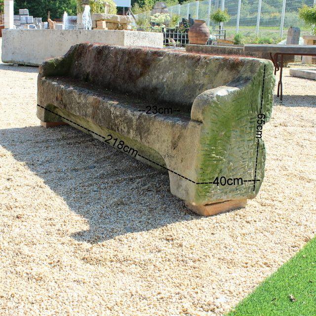 Les 25 meilleures id es de la cat gorie banc de pierre sur for Banc en pierre pour jardin