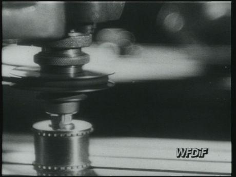 First polish projektor/ Pierwsze polskie projektory [video] (Repozytorium Cyfrowe Filmoteki Narodowej) #repozytoriumcyfrowe, #cinema, #projektor