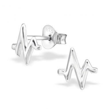 Din Nou In Stoc!! 💗 Cerceii HeartBeat Argint 925 💗, cercei superbi, din curentul minimalist, potriviti pentru tinutele casual.  Pret special 🎁 29.6 lei 🎁 redus de la 37 de lei.  Comanda acum online 😘 https://www.bijuteriisiarta.ro/magazin/produs/cercei-heartbeat-argint-925 sau telefonic📱 0730799703  #Follow #Fashion #Beauty #Shopping #Happy #Popular