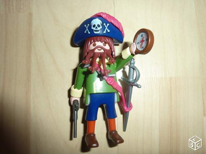 Figurine playmobil pirate Jeux & Jouets Nord - leboncoin.fr 2€