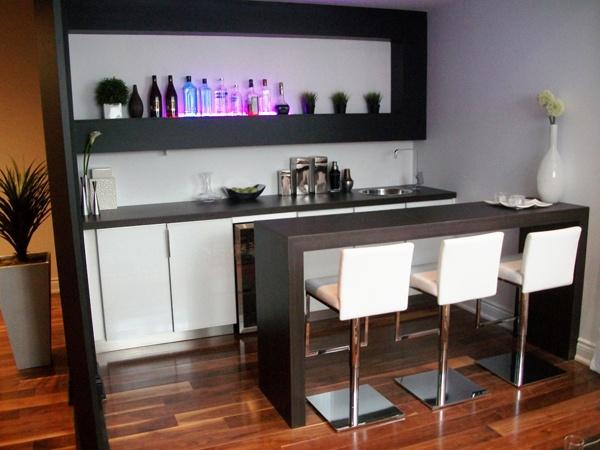 les 25 meilleures id es concernant bar de la salle de jeu sur pinterest salle de jeux au sous. Black Bedroom Furniture Sets. Home Design Ideas