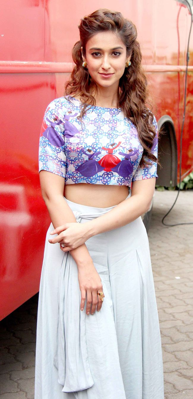 Ileana D'Cruz at Mehboob Studio to promote 'Happy Ending'. #Bollywood #Fashion #Style #Beauty