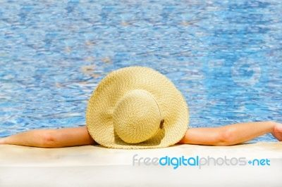 To make a residual income by working hard - Ahh the good life. http://simplemoneysystem.com/ca?a_aid=e016f44