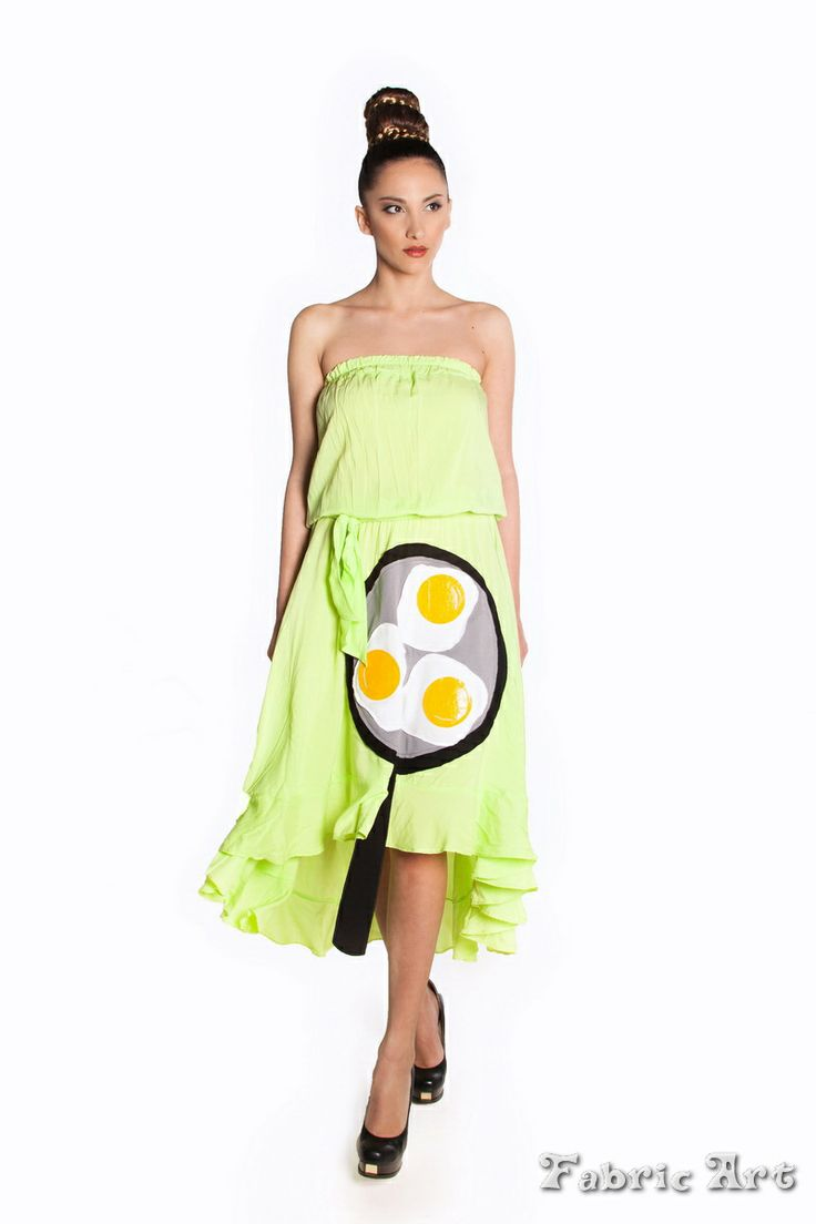 "Asymmetric strapless dress with frill hem and handmade applique ""Fried Eggs on Pan"""