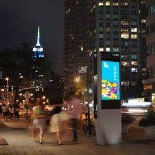 Nova York começa a substituir orelhões por totens Wi-Fi Quiosques oferecem conexão à internet com velocidade de 1 Gbps