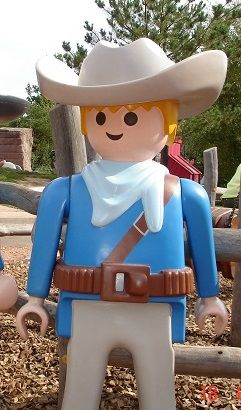 Playmobil g ant homme cowboy bo te playmobil g ant playmobil giant - Playmobil geant decoration ...