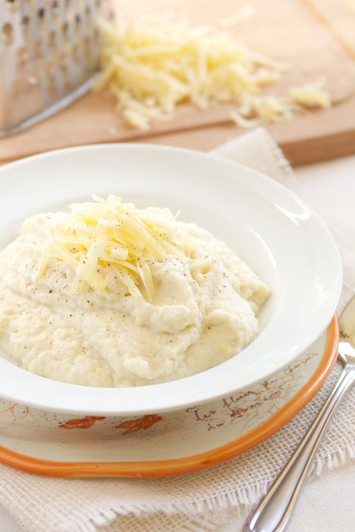 Cheesy Garlic Mashed Cauliflower | Tip: The little bit of cream cheese in the recipe is what helps this taste like actual creamy mashed potatoes.