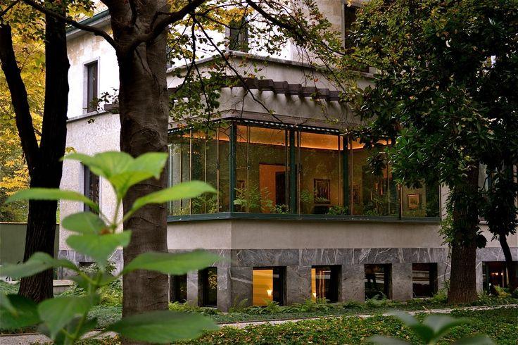 One of my favorite places in Milan last summer....Villa Necchi Campiglio, Milano  Piero Portaluppi, 1932. Set of I Am Love with Tilda Swinton