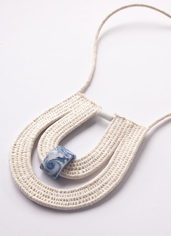 Collar tejido - Ouchflower neck piece