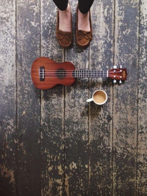 I Love this photo, Coffee & Ukulele Perfection! ♡ ♡