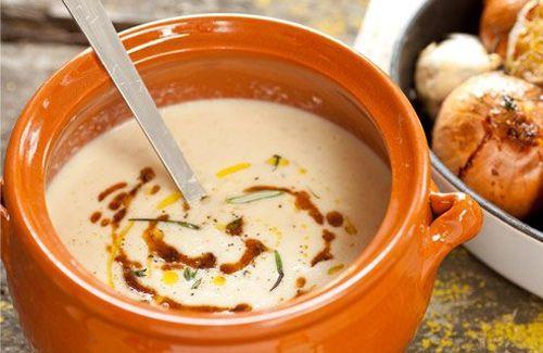 Safranlı Pirinç Çorbası Tarifi http://corbatarifi1.com/CorbaTarifi/300701250/safranli-pirinc-corbasi.html