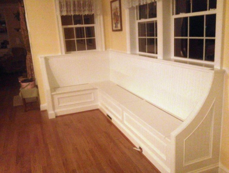 Vintage Dining Room With Corner Dining Bench Storage, White Lace Valance  Curtains, And Pale Yellow Wall Paint Decorating Ideas, 9 Designs In Corner  Bench ...