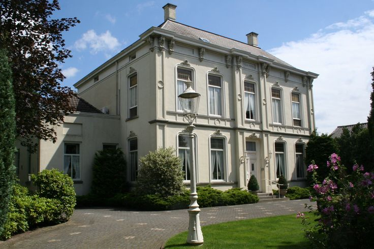 Villa Nova, 2016. Gebouwd door textielfabrikant Carl Raue.  Fotobijdrage: Historisch Documentatiecentrum Geldrop-Mierlo