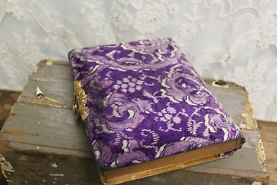 Antique-Victorian-Celluloid-Purple-Flower-Velvet-Back-Photo-Album-W-Gold-Latch