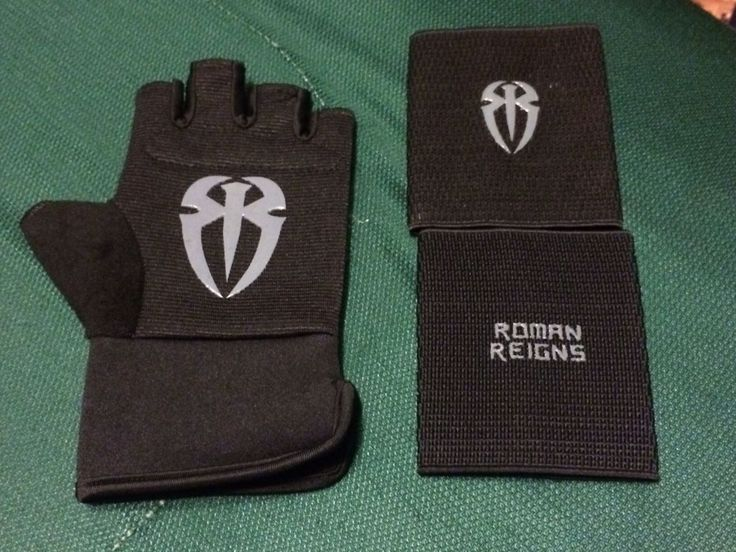 WWE Official Authentic ROMAN REIGNS Replica Glove & 2 Wristband Set BRAND NEW - http://bestsellerlist.co.uk/wwe-official-authentic-roman-reigns-replica-glove-2-wristband-set-brand-new/