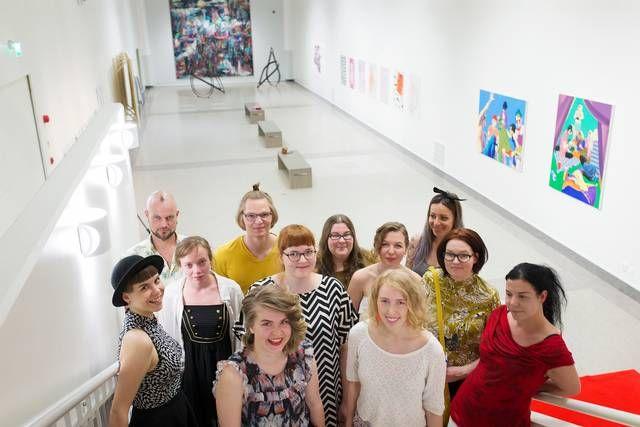 """""""Menee top 5:een"""" - Lahden Taideinstituutin viimeisten opiskelijoiden näyttely sai kehut opettajalta - ESS.fi"""