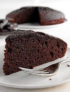 Torta de chocolate con aceite La Torta de chocolate con aceite, es riquisima, facil y rapida de hacer. Siempre tener una receta de Torta de chocolate facil, es muy útil, ademas esta receta de Torta de chocolate con aceite es económica y rápida de hacer.