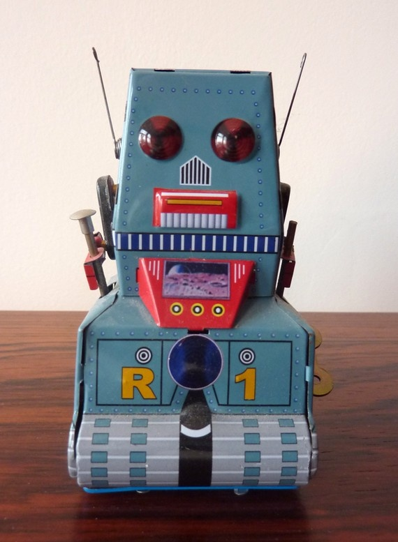 vintage tin robot by misslelly on Etsy