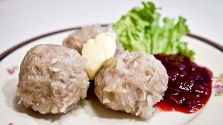 Palt » Recipes and Foods from Sweden We call it kumla....