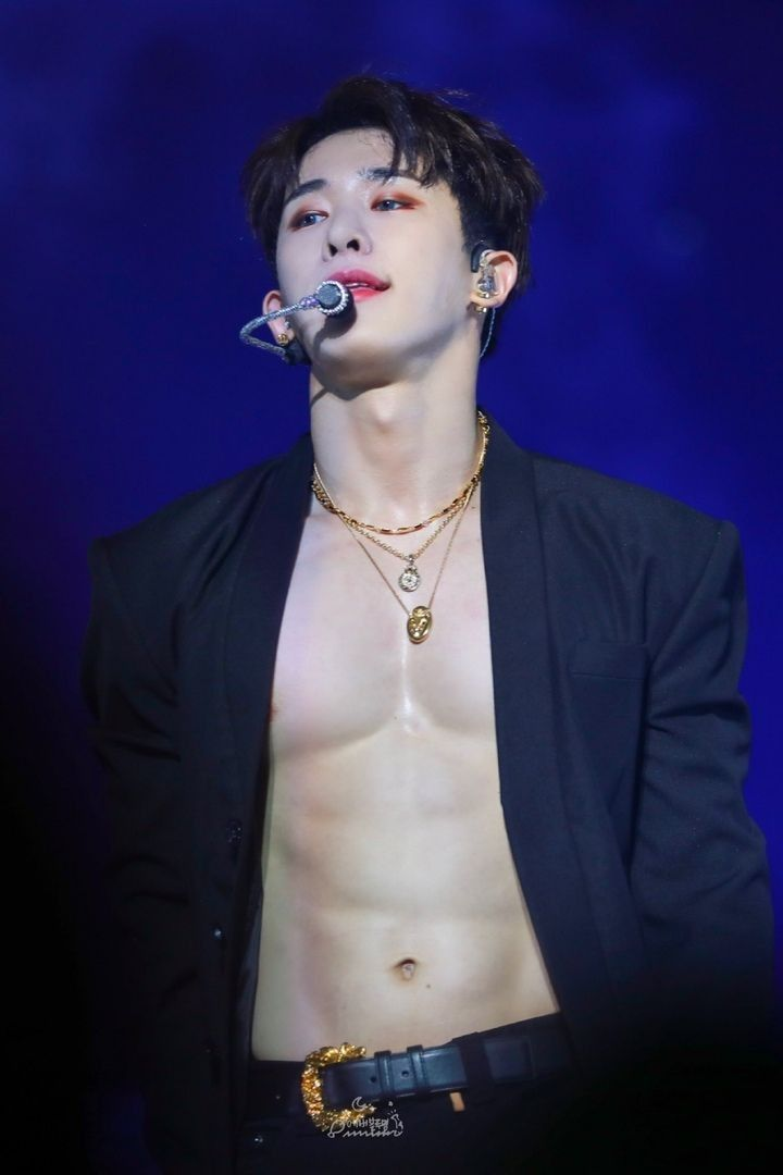 Pin By Justfan On Monsta X Wonho Abs Monsta X Wonho Monsta X