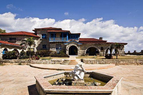 Casa de al al capone 39 s house in varadero cuba places i for Casa mansion los jardines havana