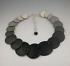 "Gradated Adjustable Gray Necklace by Louise Fischer Cozzi (Polymer Clay Necklace) (1.63"" x 19"")"