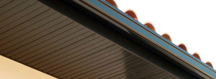17 meilleures id es propos de lambris pvc sur pinterest for Lame pvc sous toiture