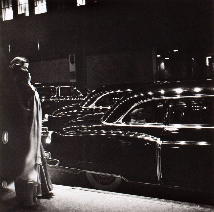 This picture is indeed very tempting! (Yield to the temptations of the Big City pt5) Eve Arnold, Metropolitan Opera, NewYork 1950