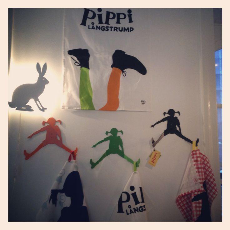 Plutos nya Pippi Långstrump kollektion « Liniz´- Resor och Barn can't wait for these! Isla needs a pippi in her room ;)