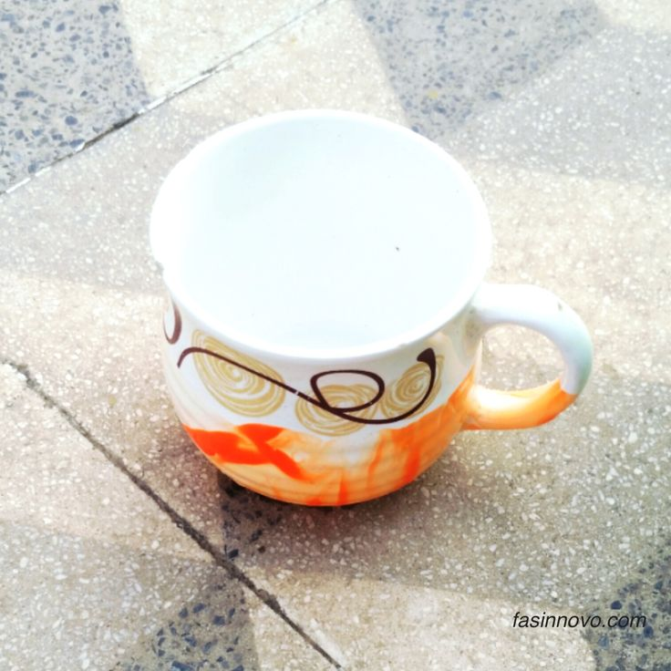 Nail Paint Marbled Mug