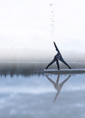 Ibrahim Hamid - Yogi på sjön. Serene yoga pose on the ice. Available as poster and laminated picture at Printler, the marketplace for photo art.