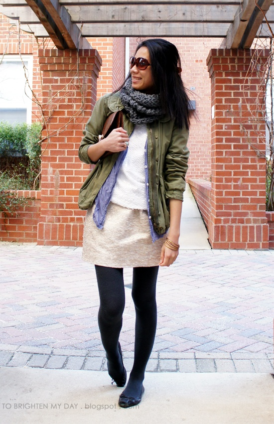 Love the green jacket: Femme Mode, Color Combos, Dream Closet, Chambray Tops, Camo Styles, Closet Inspiration Plays, Gold Sparkle, Military Chic, Green Jackets